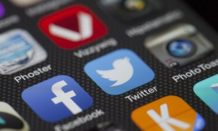 Social Networks: How to Be Dazzling