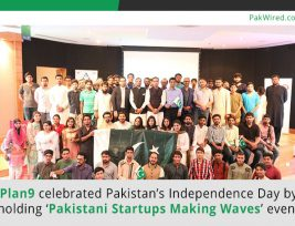 Plan9-celebrated-Pakistan-Independence-Day-by-holding